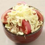 【イタリアンもんじゃ】 トマトとチーズの愛称が絶妙です!