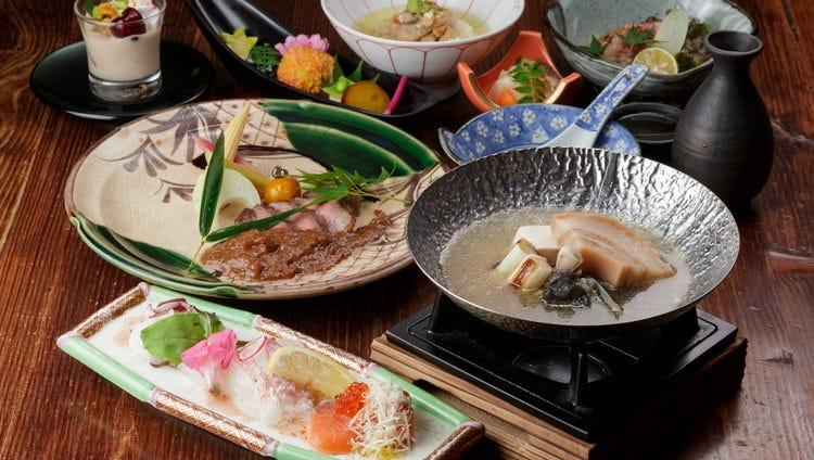 京都で長く愛されてきた食材を堪能できる創作会席料理