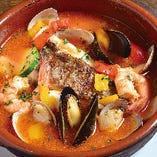 真鯛と魚貝のスペイン風ブイヤベース 〜サルスエラ〜