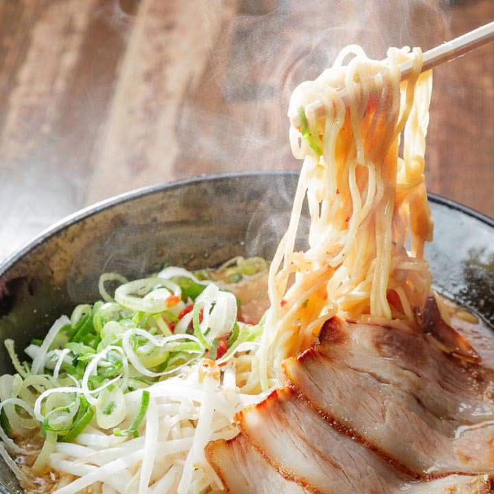 「ごま味噌麺」熟成細麺と相性絶妙