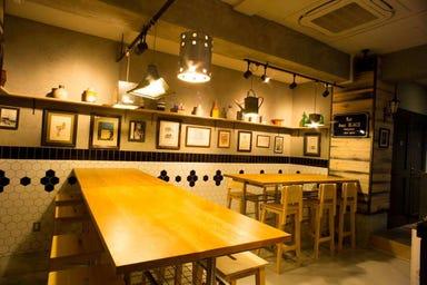 板橋のワイン酒場&.河村  店内の画像