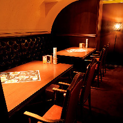 プライベート感のあるテーブル席個室は最大16名様OK