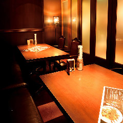 ご接待や記念日、大切な人との会食に最適なプライベート空間!