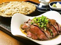 ローストビーフ丼 +手打ち蕎麦
