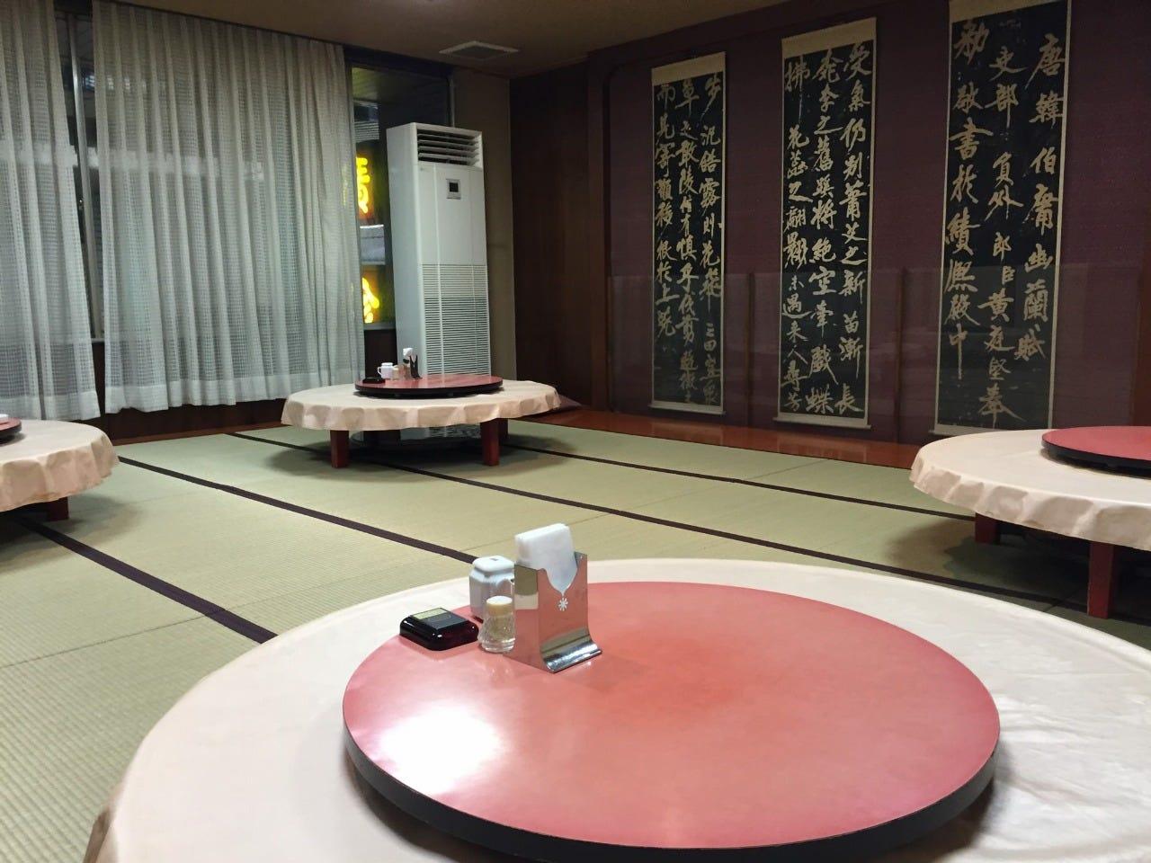 【120分飲み放題付き】豪華絢爛!!フカヒレの姿煮付き全10品 10,000円コース