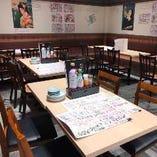 少人数から大人数宴会まで対応可能なテーブル席(~54名様)