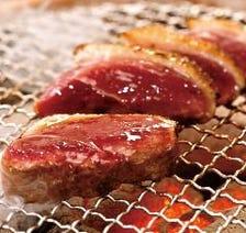 上質な鴨肉を厚切りで堪能