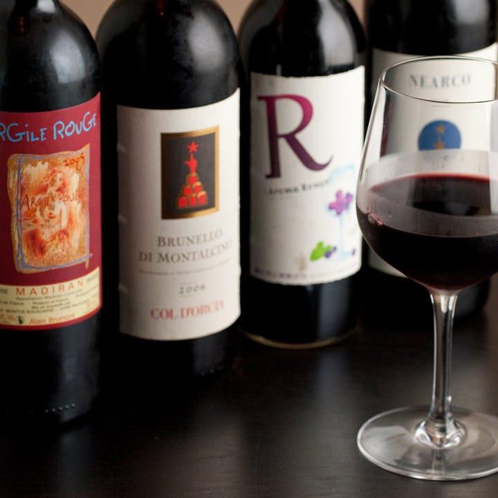 世界各国より厳選したワイン