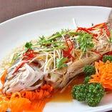 【5】姿煮(揚げ)特大鯛 or 平目の酒蒸しまたは甘酢野菜餡かけ