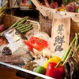 小田原産の地魚、旬の産直鮮魚が日替わりでお楽しみ頂けます。