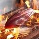 かっこ本格わら焼きたたきは日代わりの地魚わら焼きでご用意!
