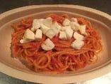 水牛のモッツァレラチーズのトマトソース スパゲッティ