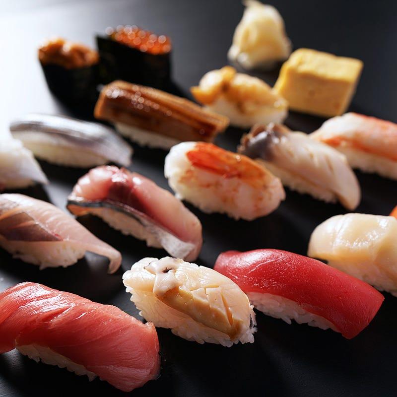 炙屋の「誉」。寿司。職人の技が冴えます。