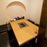 テーブル席半個室(2~5名様×2部屋)