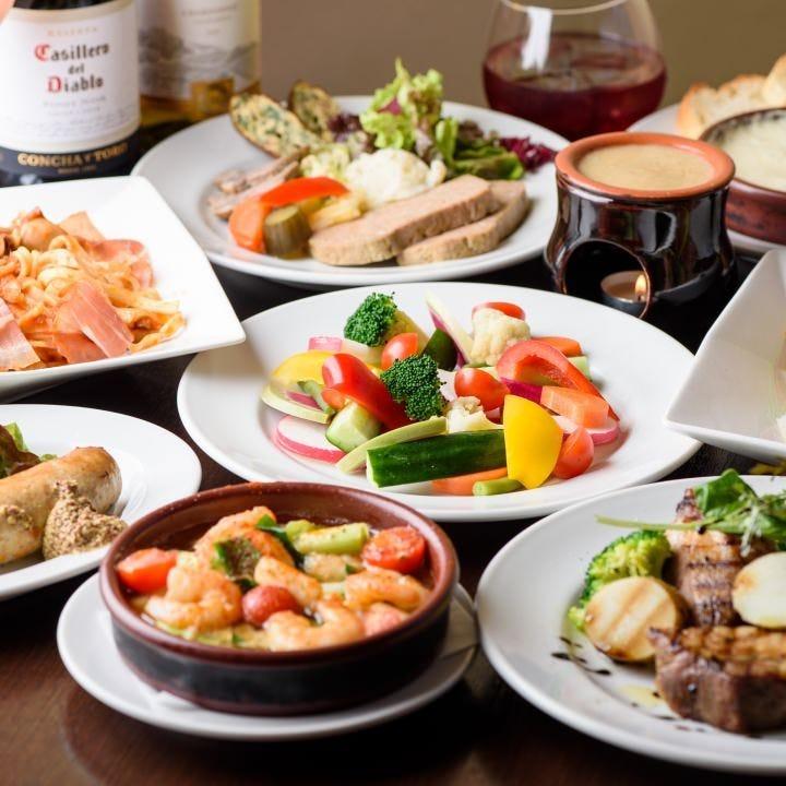 各種宴会に最適な飲み放題付コースは5,000円(税抜)