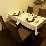 《テーブル個室》誕生日や記念日など大切な日にも最適なお席(2~4名様)