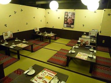 炭焼牛たん 東山 福岡天神店 店内の画像