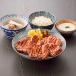 「本場仙台の味」 厚切り牛たん焼をご堪能ください。