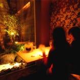 庭園を眺めながら、贅沢に寛げるソファ個室(3名まで)