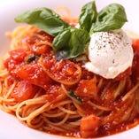 マスカルポーネと完熟トマトのポモドーロ