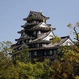 Q.岡山の後楽園・岡山城からお店に伺いたいと思っています。交通手段はどのように行けばいいですか?