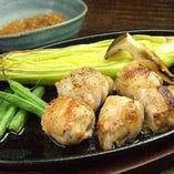 季節の野菜と地鶏の鉄板焼