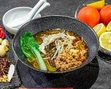 薬膳麻辣火鍋麺