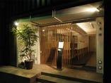代官山駅から徒歩約10分。閑静な住宅街の一角に店を構える。