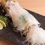 佐賀・呼子から直送された『ヤリイカ』は、身が引き締まってコリコリの食感が楽しめます!
