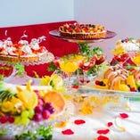 貸切パーティーでは、専属のパティシエが手掛けたケーキバイキングもご用意出来ます。