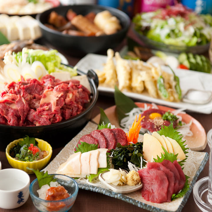 当店自慢の馬肉料理やおでんが楽しめるコースを各種ご用意!