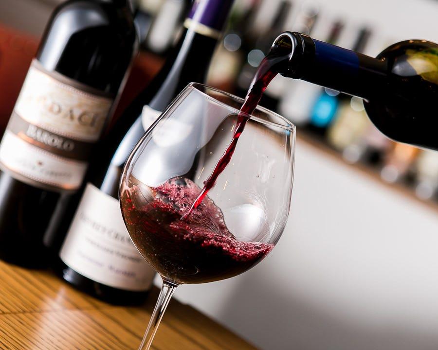 常時80種以上の【骨太ワイン】