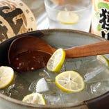 地酒に厳選焼酎・BIOワインなど料理を引き立てる旨い酒揃ってます!