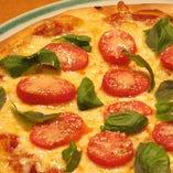 [おすすめメニュー No.3] シシリアンルージュのピザ