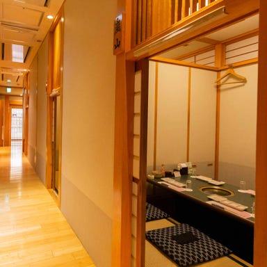 個室焼肉 牛傳 赤坂本店 店内の画像