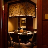 2階の優雅で上品な完全個室