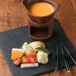 自家製西京味噌と4種のチーズフォンデュ