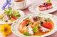 週替パスタランチ・サラダ・ティ¥900自家製デザート13種~+¥328