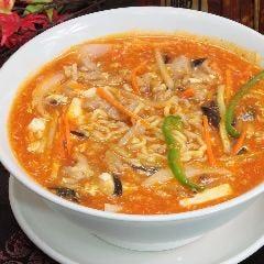 サンラーたん麺 (酸辣湯麺)