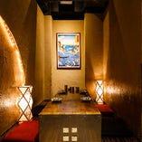 ゆったりとくつろげる座敷個室。大切な人と食事、カジュアル接待、プライベートご宴会