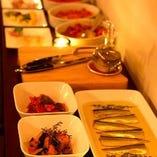 【前菜ワゴンサービス】 目で見て選べる前菜