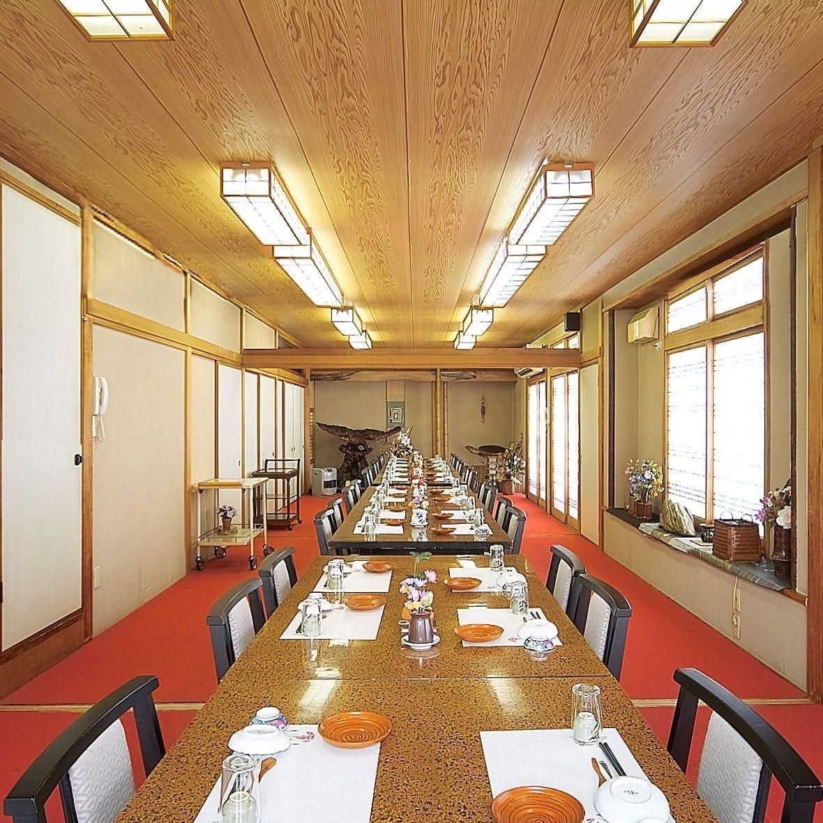 テーブル席・完全個室(壁・扉あり)・53名様まで
