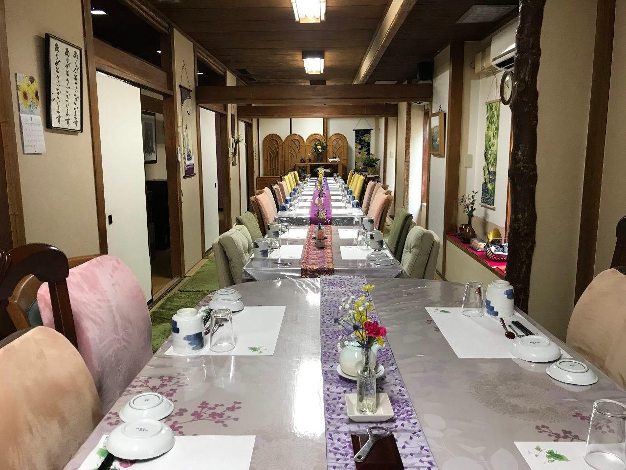 テーブル席・完全個室(壁・扉あり)・35名様まで
