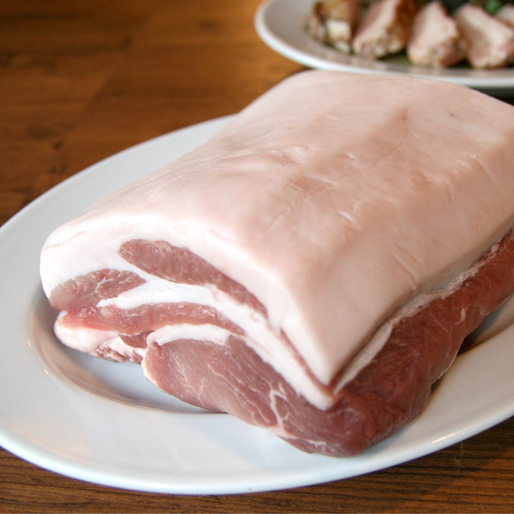 自社ブランド豚肉&旬のこだわり食材