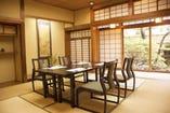 和室の全てのお部屋を椅子席でご用意出来ます。