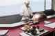 東京で修行した天ぷら職人が目の前で揚げる江戸前天ぷら。