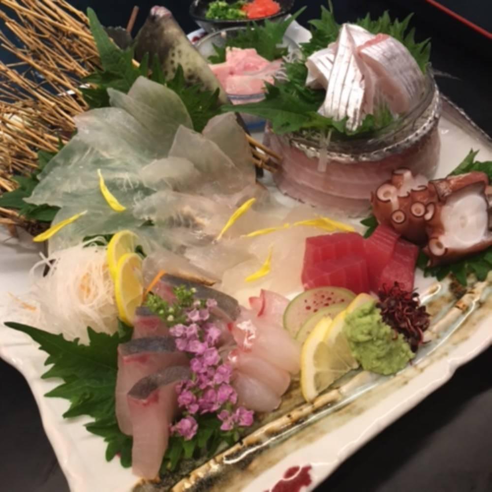 熊本産の地魚にこだわった刺身盛り