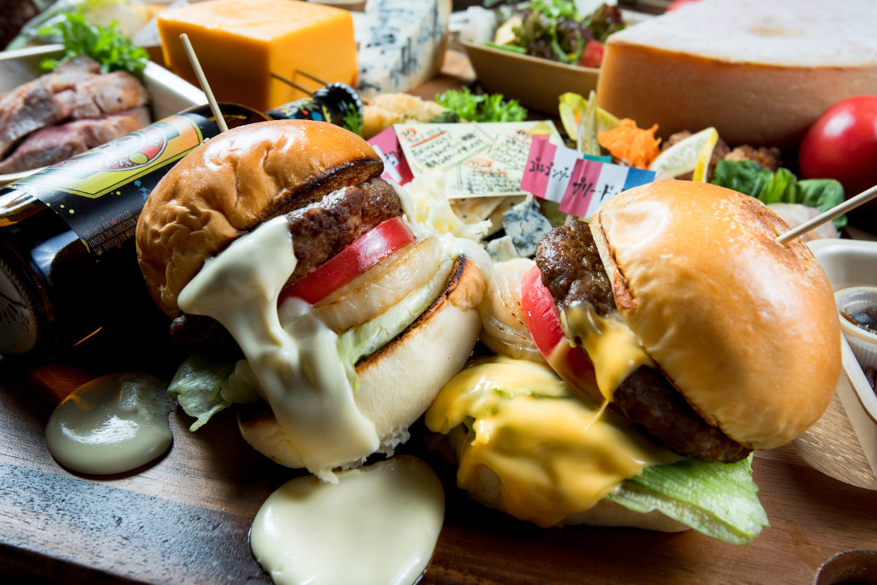 チーズフォンデュ屋のハンバーガー