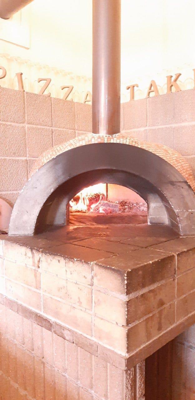 石窯で焼く本格ナポリPIZZA