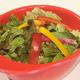赤ヘル皿に盛られたサラダ! ドレッシングはお好みで選べます♪